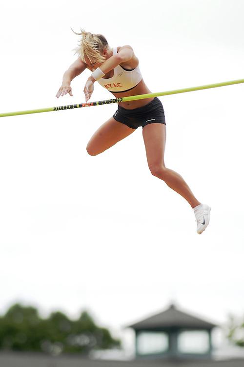 Mary Saxer, women's Pole Vault