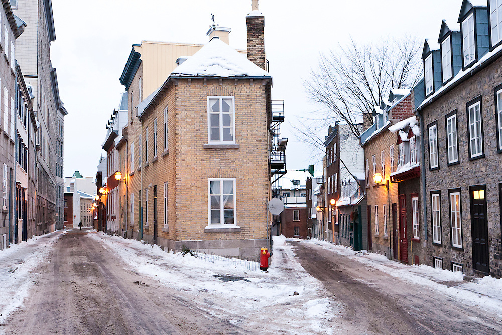 The Historic District of Old Québec, and UNESCO World Heritage site during winter. Québec, Québec, Canada. January 2012. © Allen McEachern.