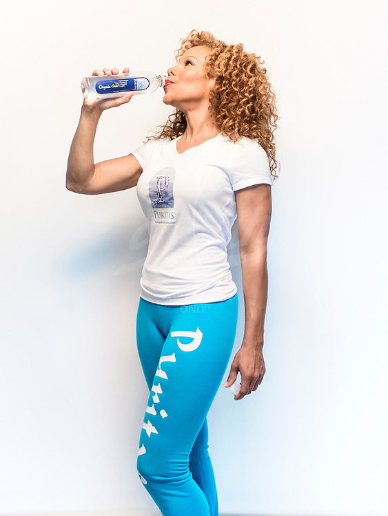 DONNA JOYNER FOR PURITAS ORGANIC GOLD WATER. © TODD SPOTH PHOTOGRAPHY, LLC - 2014. *ALL RIGHTS RESERVED*