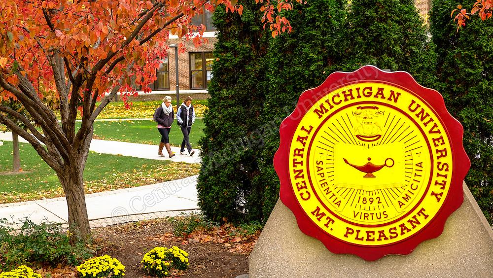 Warriner Mall fall scenics near the seal. Photos by Steve Jessmore/Central Michigan University