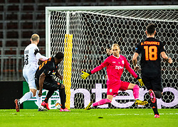 12.03.2020, Stadion der Stadt Linz, Linz, AUT, UEFA EL, LASK vs Manchester United, Achtelfinale, im Bild v.l. Gernot Trauner (LASK Linz), Odion Ighalo (Manchester United), Tormann Alexander Schlager (LASK) // during the UEFA Europa League round of last 16 match between LASK and Manchester United at the Stadion der Stadt Linz in Linz, Austria on 2020/03/12. EXPA Pictures © 2020, PhotoCredit: EXPA/ Reinhard Eisenbauer