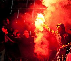 19.05.2010, Hypo Group Arena, Klagenfurt, AUT, Freundschaftsspiel, Österreich vs Kroatien im Bild Feature Bengalisches Feuer, Fan, bengalische Flammen, Rauch, EXPA Pictures © 2010, PhotoCredit: EXPA/ J. Feichter / SPORTIDA PHOTO AGENCY