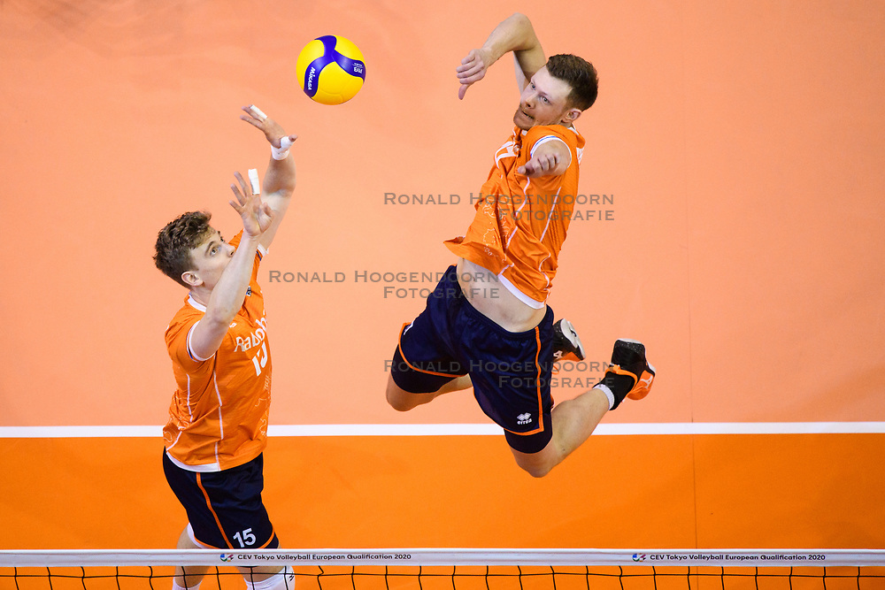 06-01-2020 NED: CEV Tokyo Volleyball European Qualification Men, Berlin<br /> Match Serbia vs. Netherlands 3-0 / Gijs van Solkema #15 of Netherlands, Michael Parkinson #17 of Netherlands