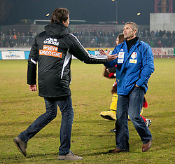 03.12.2011, Franz Fekete Stadion, Kapfenberg, AUT, 1. FBL, KSV 1919 Kapfenberg vs SK Rapid Wien, im Bild Thomas von Heesen (Kapfenberg, Headcoach) und Peter Schoettel (SK Rapid Wien, Headcoach) nach dem Spiel, EXPA Pictures © 2011, PhotoCredit: EXPA/ Erwin Scheriau