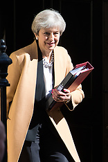 2017-04-19 Theresa May leaves Downing Street for Prime Minister's Questions