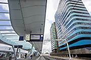Nederland, Arnhem, 13-6-2012Het vernieuwde centraal station van de NS. Arnhem wordt in de toekomst een knooppunt voor het treinverkeer. De gebouwen van Arcadis, wtc en essent.Foto: Flip Franssen/Hollandse Hoogte