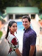Eerste foto's van Dennis en zijn Maleisische prinses De eerste officiële foto's van Nederlander Dennis Verbaas en zijn verloofde, de Maleisische prinses Aminah (31), zijn vrijgegeven. Het stel treedt 14 augustus in het huwelijk.