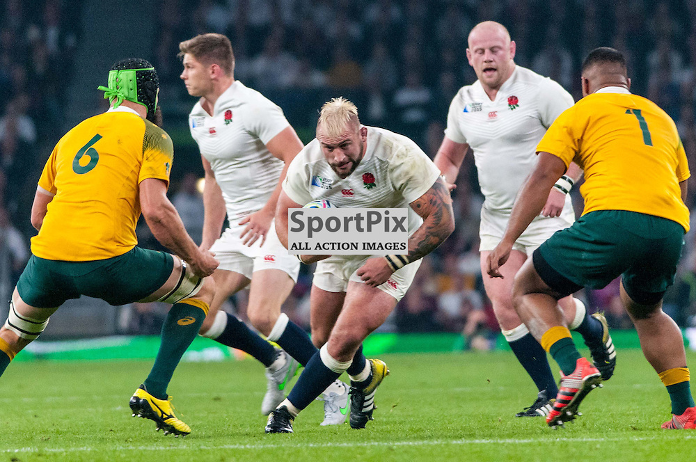Joe Marler of England looks for a gap in the Australian defence. Action from the England v Australia game in Pool A of the 2015 Rugby World Cup at Twickenham in London, 3 October 2015. (c) Paul J Roberts / Sportpix.org.uk