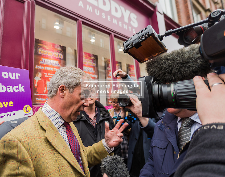 UKIP leader Nigel Farage visits Leeds on the Brexit Battle bus campaign tour encouraging voters to leave the EU in the forthcoming referendum of 23rd June<br /> <br /> (c) John Baguley | Edinburgh Elite media
