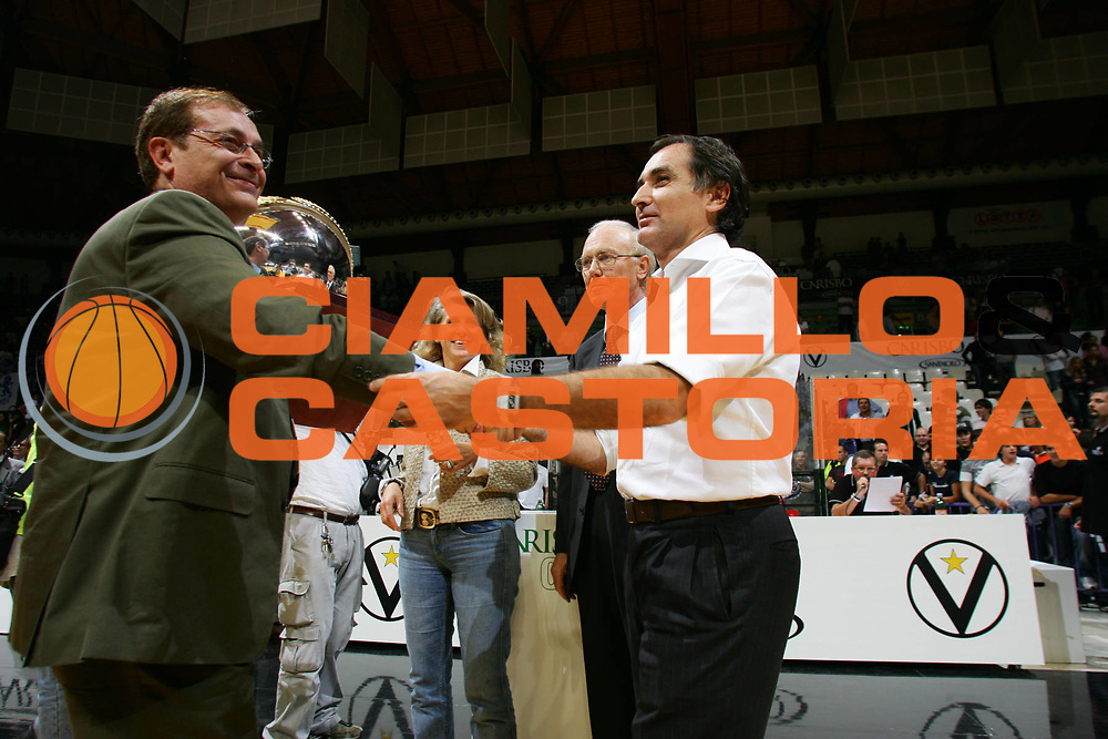 DESCRIZIONE : Bologna Precampionato Lega A1 2006 2007 Trofeo Carisbo <br />VidiVici Virtus Bologna Climamio Fortitudo Bologna <br />GIOCATORE : Sabatini Martinelli<br />SQUADRA : VidiVici Virtus Bologna Climamio Fortitudo Bologna<br />EVENTO : Precampionato Lega A1 2006 2007 Trofeo Carisbo VidiVici Virtus Bologna Climamio Fortitudo Bologna <br />GARA : VidiVici Virtus Bologna Climamio Fortitudo Bologna <br />DATA : 28/09/2006 <br />CATEGORIA : <br />SPORT : Pallacanestro <br />AUTORE : Agenzia Ciamillo-Castoria/M.Marchi