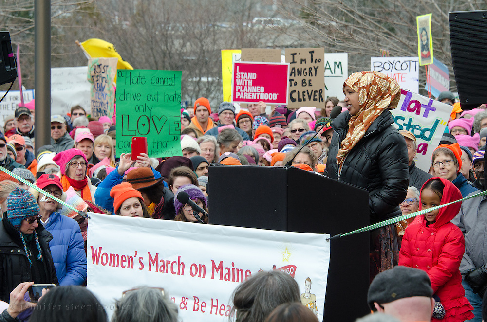 Augusta, Maine, USA. 21st Jan, 2017.  Fatuma Hussein, founder of Immigrant Resource Center of Maine, addresses the  Women's March on Maine rally in front of the Maine State Capitol. The March on Maine is a sister rally to the Women's March on Washington. Credit: Jennifer Booher/Alamy Live News