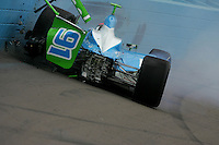 Paul Dana crashes at the Phoenix International Raceway, XM Satellite Radio Indy 200, March 19, 2005