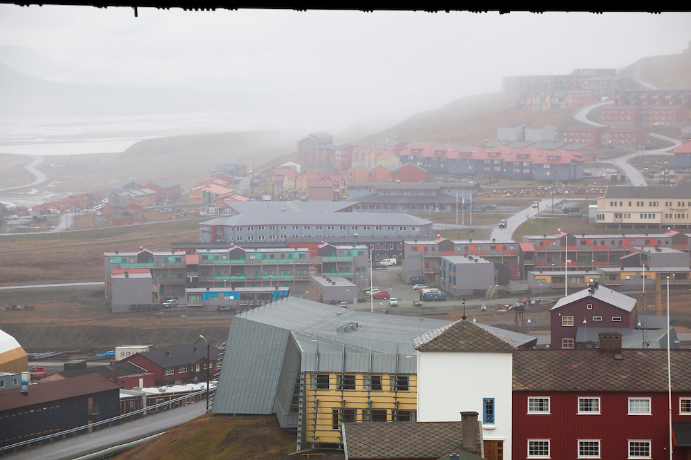 Streets and buildings of Longyearbyen, Svalbard shrouded in fog.