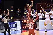 DESCRIZIONE : Milano Lega A 2014-15 <br /> EA7 Olimpia Milano - Acea Virtus Roma <br /> GIOCATORE : Dave Moss<br /> CATEGORIA : tiro three points controcampo <br /> SQUADRA : EA7 Olimpia Milano<br /> EVENTO : Campionato Lega A 2014-2015 <br /> GARA : EA7 Olimpia Milano - Acea Virtus Roma<br /> DATA : 12/04/2015<br /> SPORT : Pallacanestro <br /> AUTORE : Agenzia Ciamillo-Castoria/GiulioCiamillo<br /> Galleria : Lega Basket A 2014-2015  <br /> Fotonotizia : Milano Lega A 2014-15 EA7 Olimpia Milano - Acea Virtus Roma