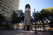 Vitoria_ES, Brasil...Praca 8 de Setembro em Vitoria. Na foto o relogio da praca...8 de Setembro square in Vitoria. In this photo the clock in the square...Foto: LEO DRUMOND / NITRO