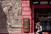Buenos Aires, Argentina...Imagens da cidade de Buenos Aires, capital da Argentina. Na foto El Caminito, uma das ruas mais pirotescas da cidade com casas coloridas no bairro turistico e popular de Buenos Aires Bairro La Boca. ..Buenos Aires, capital of Argentina. In this photo some colored houses in Caminito, popular and touristic street in La Boca neighborhood...Foto: LEO DRUMOND / NITRO