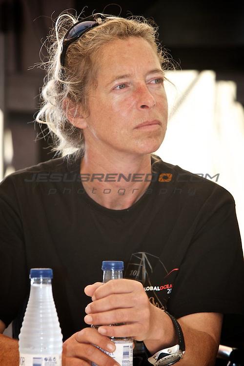 GLOBAL OCEAN RACE 2011-2012.Skippers meet the local media