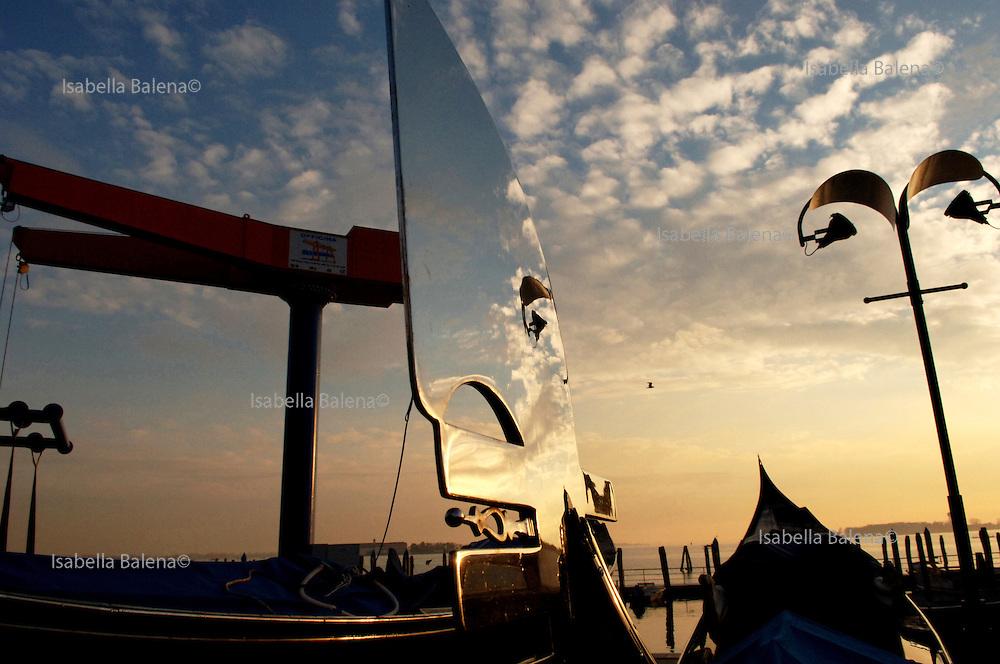 Dei Rossi's gondole shipyard in Giudecca's island, dec. 2005, Venice, Italy.