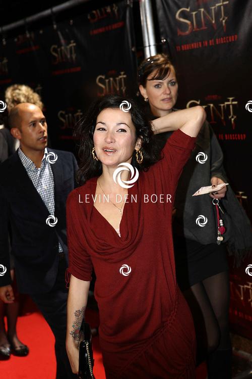 AMSTERDAM - De film Sint van regisseur Dick Maas gaat woensdag in het Muziektheater in Amsterdam in premiere. Met op de foto Birgit Schuurman. FOTO LEVIN DEN BOER - PERSFOTO.NU