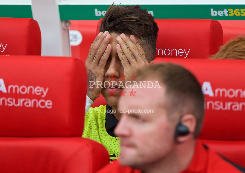 STOKE-ON-TRENT, ENGLAND - Sunday, August 9, 2015: Liverpool's substitute Roberto Firmino before the Premier League match against Stoke City at the Britannia Stadium. (Pic by David Rawcliffe/Propaganda)