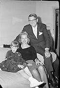 American actress Virginia Mayo and her family..03.10.1961