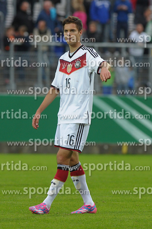 03.09.2014, Waldstadion Kaiserlinde, Spiesen-Elversberg, GER, FS Vorbereitung, U20 Fussball Testspiel, Deutschland vs Italien, im Bild Julian Weigl, Ger-#16 // during a international U20 football frindly matchg between Germany and Italy at the Waldstadion Kaiserlinde in Spiesen-Elversberg, Germany on 2014/09/03. EXPA Pictures &copy; 2014, PhotoCredit: EXPA/ Eibner-Pressefoto/ spektrum<br /> <br /> *****ATTENTION - OUT of GER*****