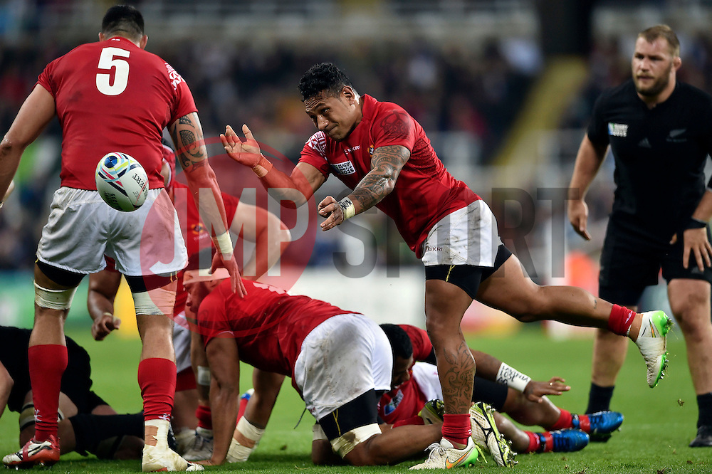 Sonatane Takulua of Tonga passes the ball - Mandatory byline: Patrick Khachfe/JMP - 07966 386802 - 09/10/2015 - RUGBY UNION - St James' Park - Newcastle, England - New Zealand v Tonga - Rugby World Cup 2015 Pool C.
