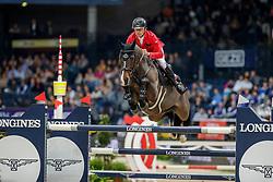SCHWIZER Pius (SUI), Cas<br /> Stuttgart - German Masters 2019<br /> Preis der Firma GEZE GmbH<br /> Int. Springprüfung mit Siegerrunde (1.50 m)<br /> CSI5*-W, Wertungsprüfung für LONGINES Ranking<br /> 16. November 2019<br /> © www.sportfotos-lafrentz.de/Stefan Lafrentz