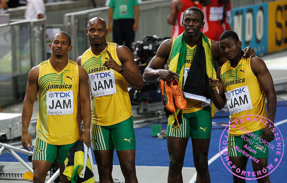 BERLIN 22/08/2009.12th IAAF World Championships in Athletics Berlin 2009.Jamaican Michael Frater , Usain Bolt , Asafa Powell and Steve Mullings pose after winning the men's 4x100m final relay race of the 2009 IAAF Athletics World Championships.Phot: Piotr Hawalej / WROFOTO