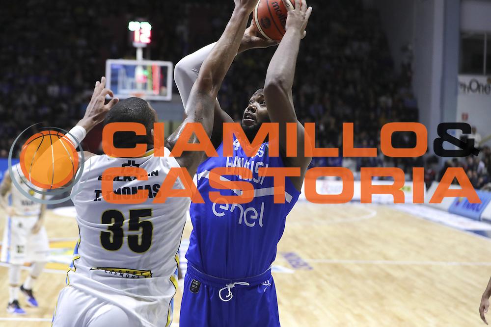 Vanoli Cremona vs Enel Basket Brindisi LBA serie A 4^ giornata stagione 2016/2017 PalaRadi 07/11/2016<br /> NELLA FOTO LAWRENCE CARTER<br /> FOTO CIAMILLO