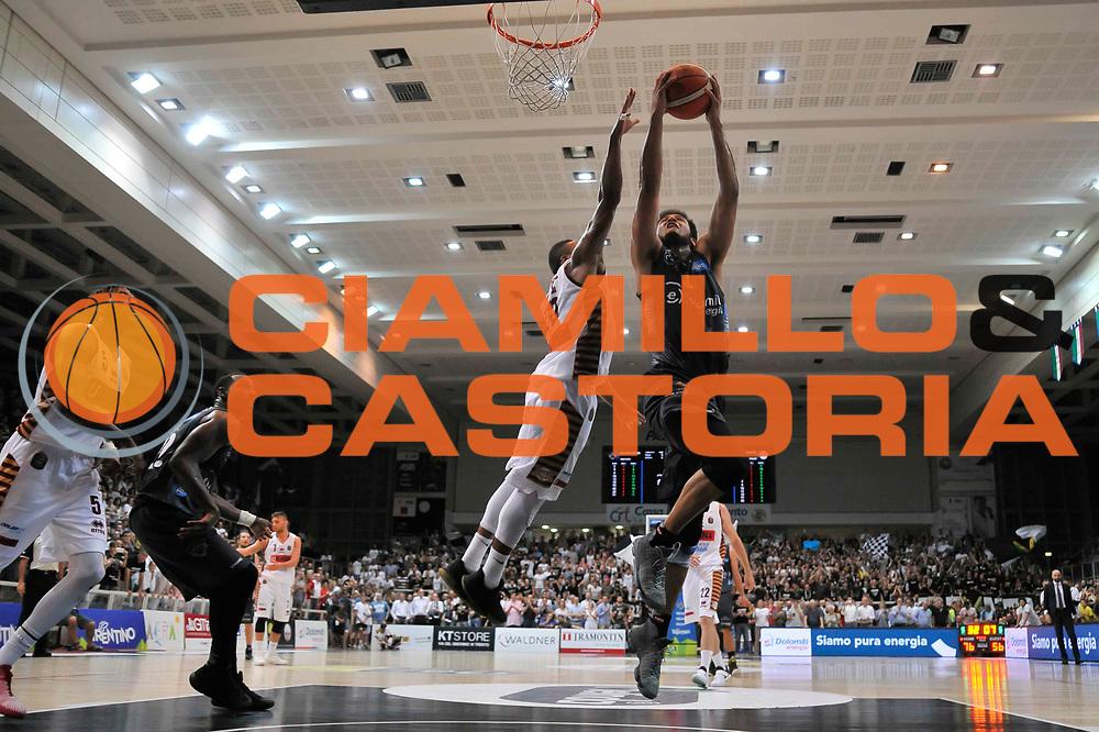 Shavon Shields<br /> Dolomiti Energia Aquila Basket Trento - Umana Reyer Venezia<br /> Lega Basket Serie A 2016/2017<br /> Playoff, finale gara 4<br /> Trento, 16/06/2017<br /> Foto M.Ceretti / Ciamillo-Castoria