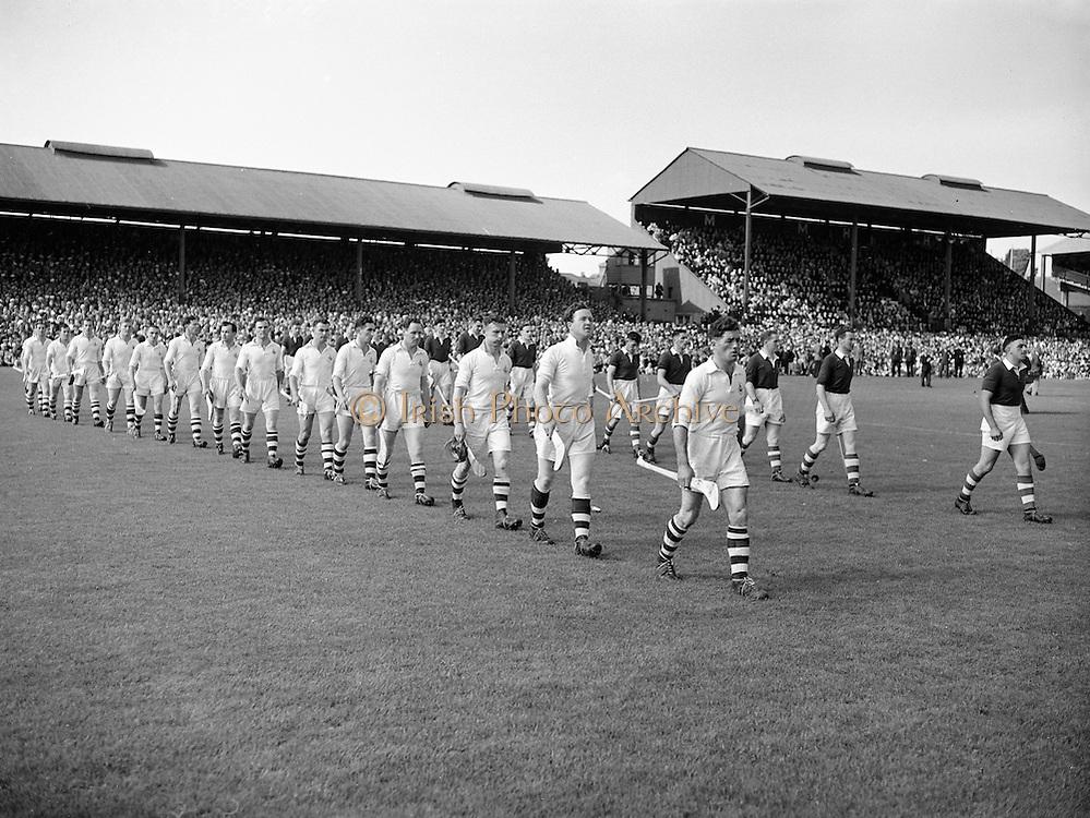 All-Ireland Senior Hurling Final, Cork v Galway, at Croke Park..06.09.1953