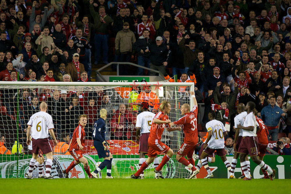 LIVERPOOL, ENGLAND - Tuesday, April 8, 2008: Liverpool's Sami Hyypia scores the equaliser against Arsenal during the UEFA Champions League Quarter-Final 2nd Leg match at Anfield. (Photo by David Rawcliffe/Propaganda)