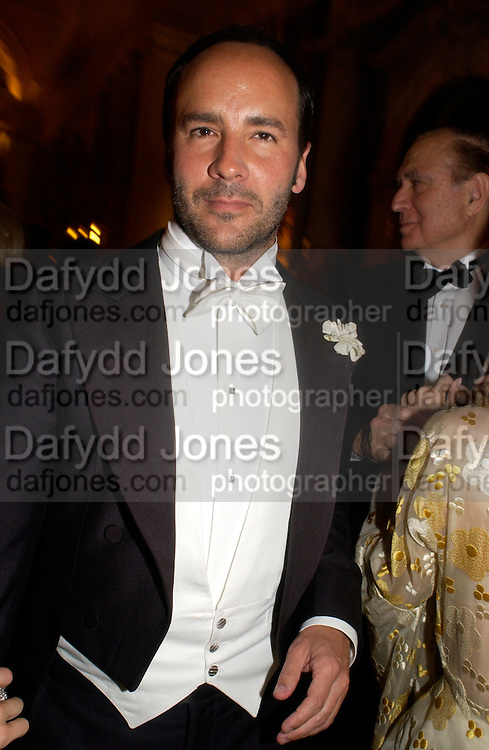 Tom Ford, Ball at Blenheim Palace in aid of the Red Cross, Woodstock, 26 June 2004. SUPPLIED FOR ONE-TIME USE ONLY-DO NOT ARCHIVE. © Copyright Photograph by Dafydd Jones 66 Stockwell Park Rd. London SW9 0DA Tel 020 7733 0108 www.dafjones.com