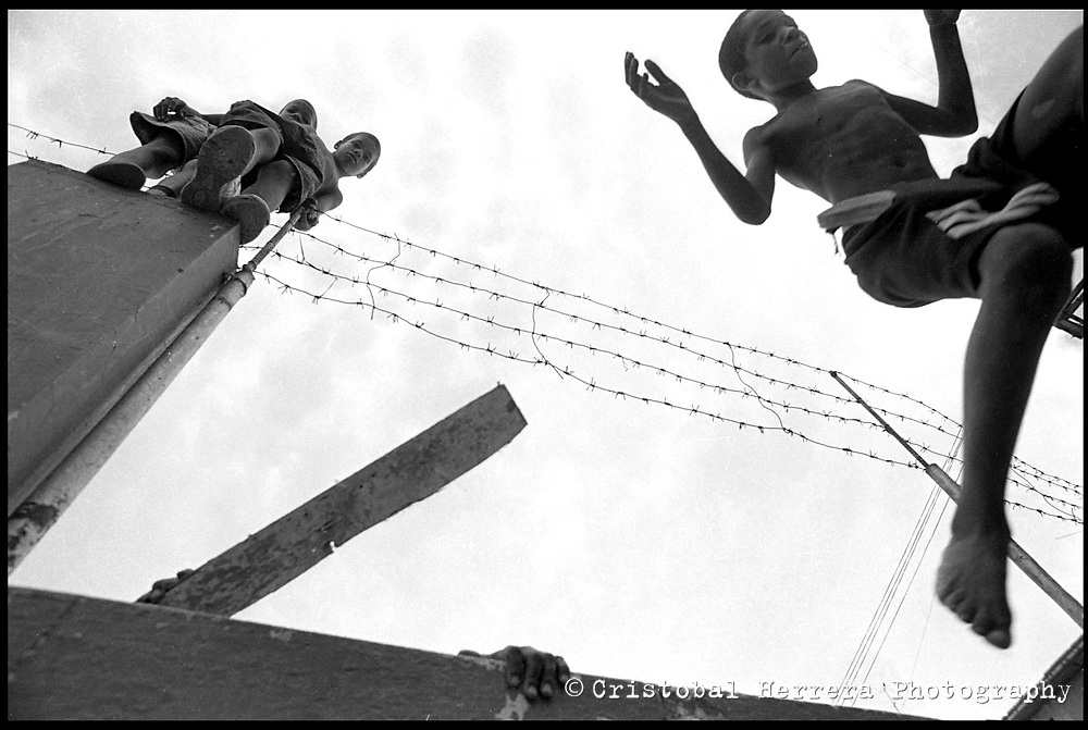 Cuba Dura is a project, in progress all made in black and white film, about cubans in Cuba and outside the Island