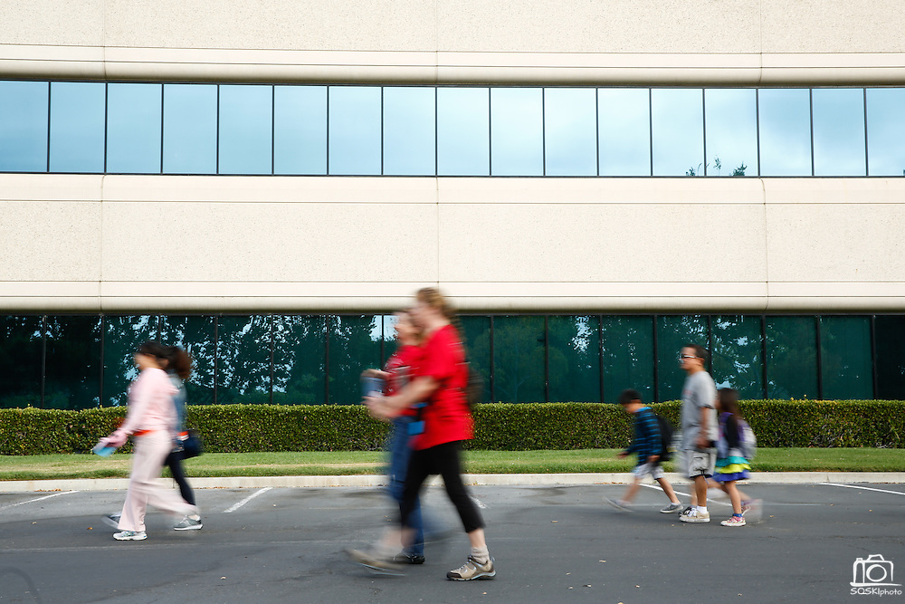 Participants walk through the KLA-Tencor campus during the 2014 Silicon Valley Heart & Stroke Walk at KLA-Tencor in Milpitas, California, on October 11, 2014. (Stan Olszewski/SOSKIphoto)