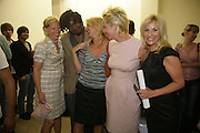 Annita Strom, Yinka Shonibare, Andrea Schlieker, AK Dolven and Amanda Wilkinson.  Opening of new  Wilkinson gallery. Vyner St. London. E2. Party afterwards at Bistrotheque. 6 September 2007. -DO NOT ARCHIVE-© Copyright Photograph by Dafydd Jones. 248 Clapham Rd. London SW9 0PZ. Tel 0207 820 0771. www.dafjones.com.