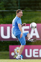 FOOTBALL - UEFA EURO 2012 - KIRCHA - UKRAINE - GROUP STAGE - GROUP D - FRANCE TRAINING - 12/06/2012 - PHOTO PHILIPPE LAURENSON / DPPI - KIRSHA TRAINING CENTER -      FRENCH PLAYERS - FRANCH RIBERY