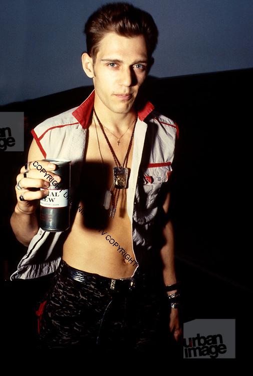 Paul Simonon backstage- The Clash - 1979