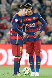 02.04.2016, Camp Nou, Barcelona, ESP, Primera Division, FC Barcelona vs Real Madrid, 31. Runde, im Bild FC Barcelona's Leo Messi (l) and Neymar Jr // during the Spanish Primera Division 31th round match between Athletic Club and Real Madrid at the Camp Nou in Barcelona, Spain on 2016/04/02. EXPA Pictures © 2016, PhotoCredit: EXPA/ Alterphotos/ Acero<br /> <br /> *****ATTENTION - OUT of ESP, SUI*****