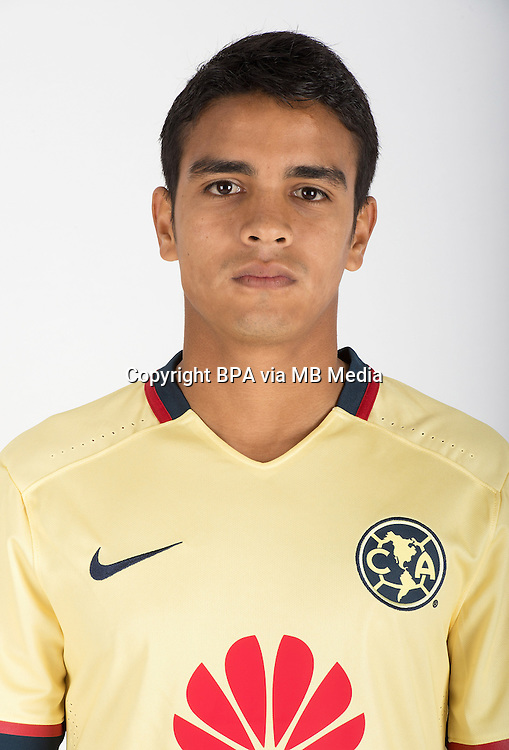 Mexico League - BBVA Bancomer MX 2015-2016 - <br /> Aguilas - Club de Futbol America - Mexico /  <br /> Alberto Garcia