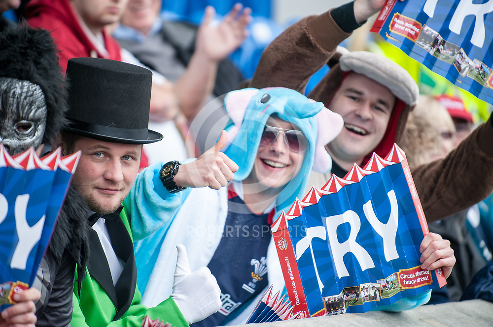 Fans at the IRB Emirates Airline Glasgow 7s at Scotstoun in Glasgow. 3 May 2014. (c) Paul J Roberts / Sportpix.org.uk