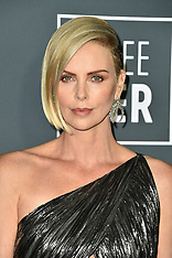 Brad Pitt and Charlize Theron reportedly dating - 20 Jan 2019