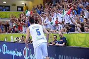 DESCRIZIONE : Capodistria Koper Slovenia Eurobasket Men 2013 Preliminary Round Turchia Italia Turkey Italy<br /> GIOCATORE : Alessandro Gentile Tifosi<br /> CATEGORIA : Esultanza Tifosi<br /> SQUADRA : Italia<br /> EVENTO : Eurobasket Men 2013<br /> GARA : Turchia Italia Turkey Italy<br /> DATA : 05/09/2013 <br /> SPORT : Pallacanestro<br /> AUTORE : Agenzia Ciamillo-Castoria/Max.Ceretti<br /> Galleria : Eurobasket Men 2013 <br /> Fotonotizia : Capodistria Koper Slovenia Eurobasket Men 2013 Preliminary Round Turchia Italia Turkey Italy<br /> Predefinita :