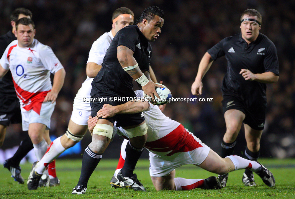 Iveco Test Match Series. All Blacks vs England, 1st test match, Eden Park, Auckland, New Zealand. Photo: Andrew Cornaga/PHOTOSPORT