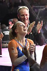04-08-2018 TURNEN: EUROPEAN CHAMPIONSHIPS ARTISTIC GYMNASTICS: GLASGOW<br /> Dames landenteam turnen finale. Celine van Gerner (NED), Vera van Pol (NED), Sanne Wevers (NED), Naomi Visser (NED) en Tisha Volleman (NED) winnen het brons. Sanne Wevers haalt de benodigde punten hiervoor binnen als laatste op het onderdeel brug.<br /> <br /> Foto: Margarita Bouma