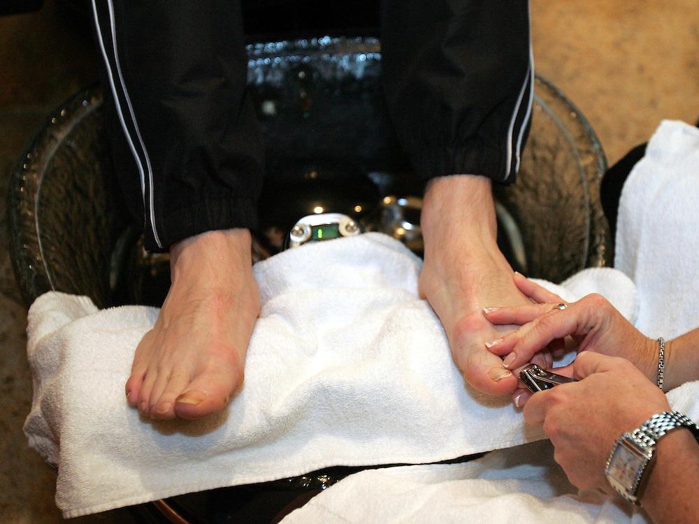 Ricky Hatton gets his nails done at Caesars Palace. Ricky Hatton v Floyd Mayweather, Las Vegas, Nevada.