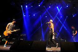 Aliados no palco pretinho do Planeta Atlântida 2014/RS, que acontece nos dias 07 e 08 de fevereiro de 2014, na SABA, em Atlântida. FOTO: Vinícius Costa/ Agência Preview