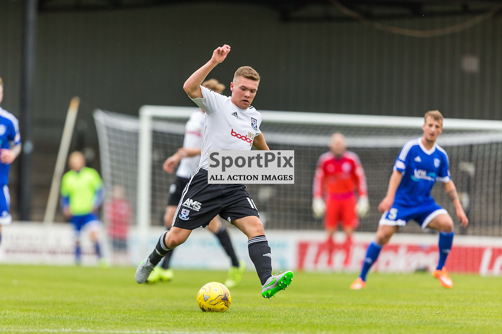 Craig Moore in action during the Scottish League 1 fixture between Ayr Utd and Peterhead (c) ROSS EAGLESHAM | Sportpix.co.uk