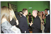 Jefferson Hack, Alexander McQueen, Kate Moss, Mario TEstino. Mario Testino portraits. National Portrait Gallery. 29/1/02 © Copyright Photograph by Dafydd Jones 66 Stockwell Park Rd. London SW9 0DA Tel 020 7733 0108 www.dafjones.com